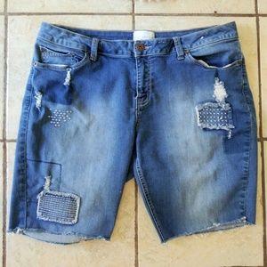 CUTE! Cut off bermuda shorts